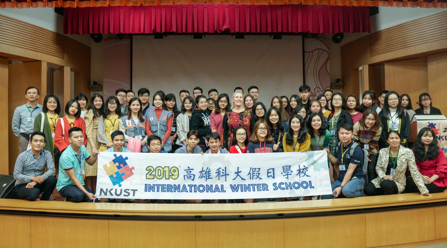 """Đoàn trường DNTU tham gia """"Trại Đông Quốc Tế 2019"""" tại Đài Loan"""