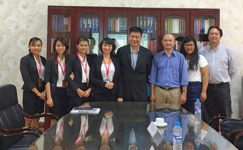 Niềm vui giữa DNTU và trường Cao đẳng Coleman, Singapore trong buổi làm việc đầu tiên