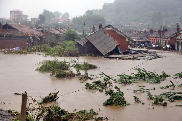 Những hình ảnh đau thương về Miền Trung trong lũ lụt và thảm họa môi trường biển vừa qua