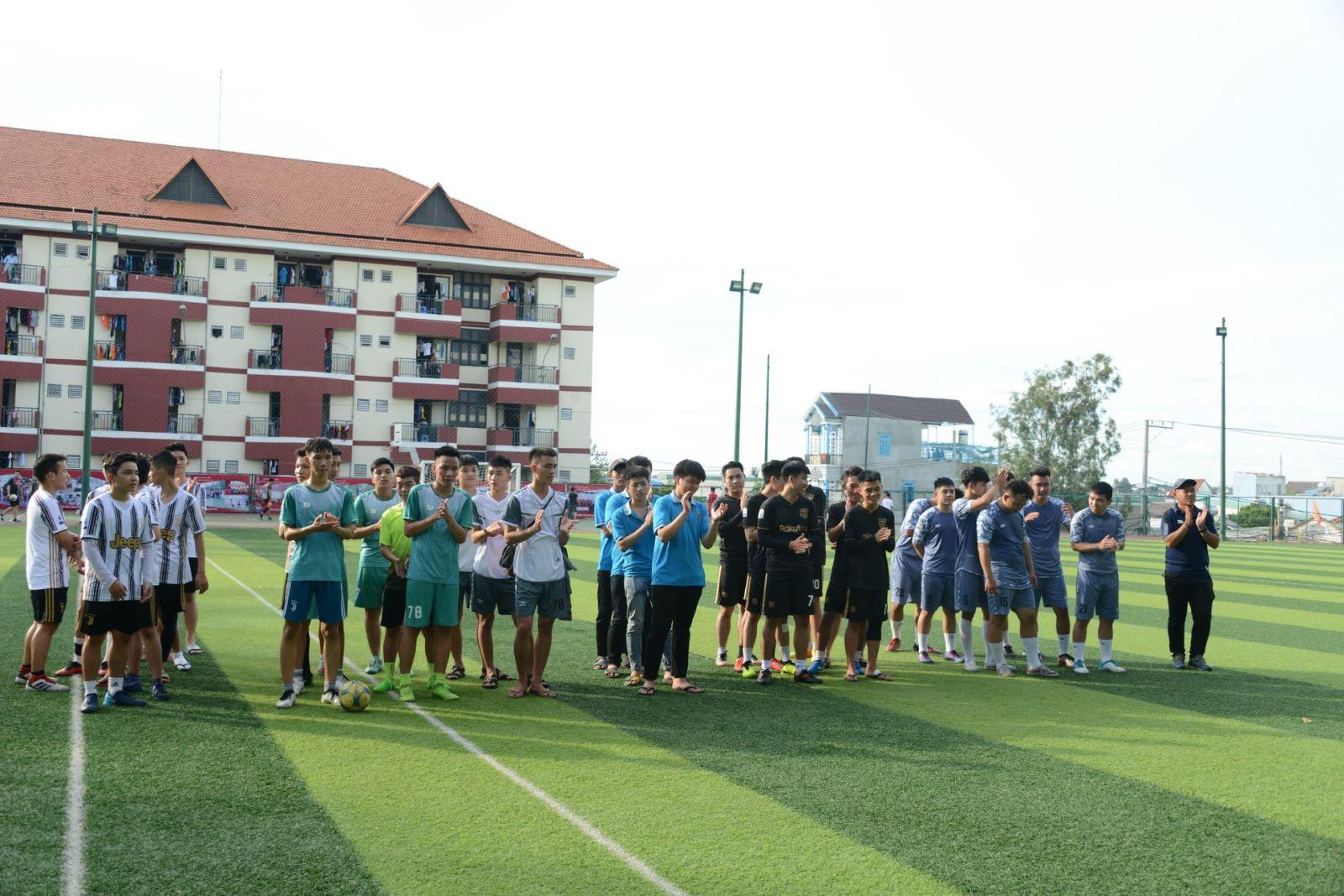 Khoa Khoa học Ứng dụng - Sức khỏe tổ chức giải bóng đá 5 người DNTU năm 2020