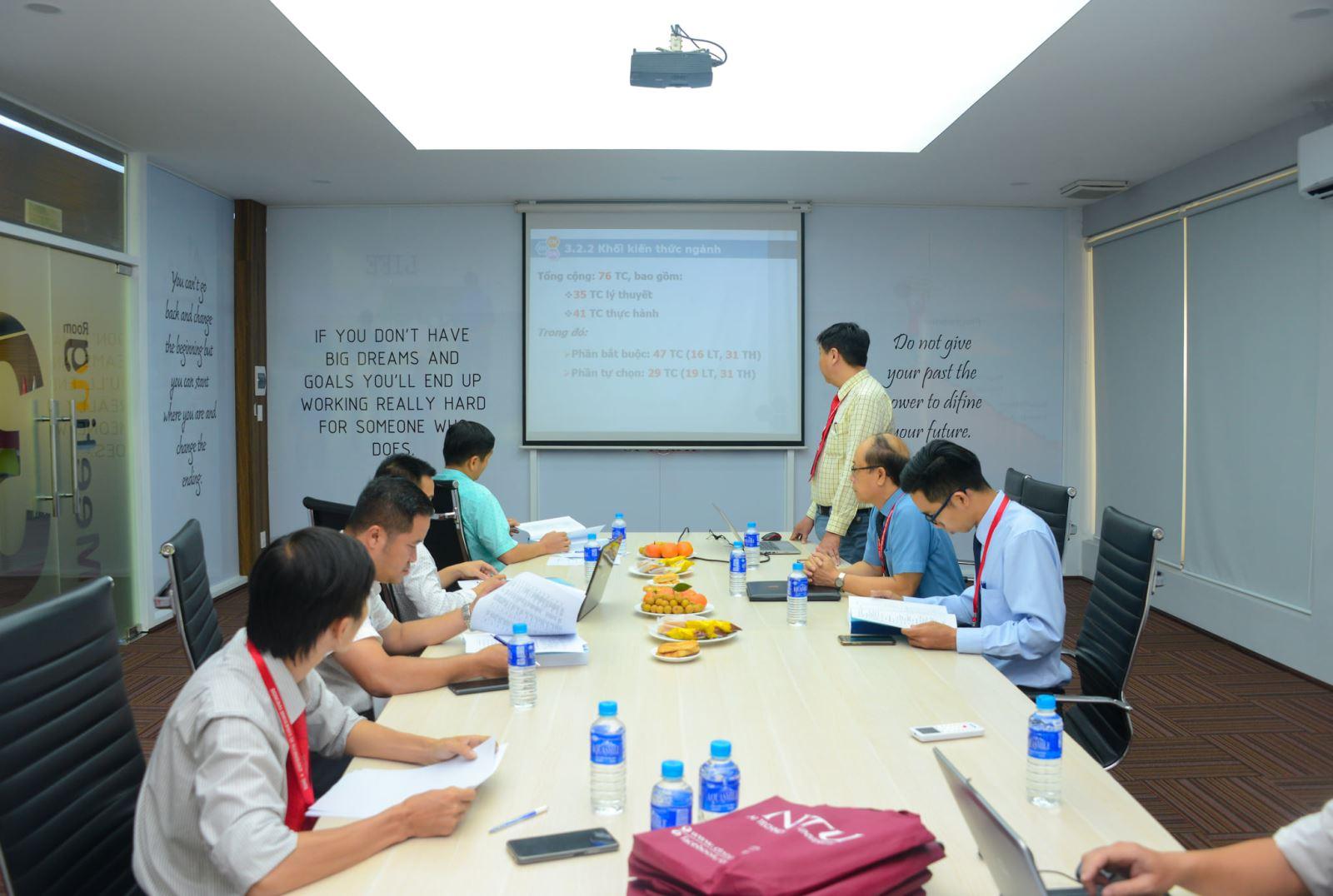 DNTU: Thẩm định CTĐT ngành Công nghệ kỹ thuật Điều khiển và Tự động hóa (Mã ngành: 7510303)