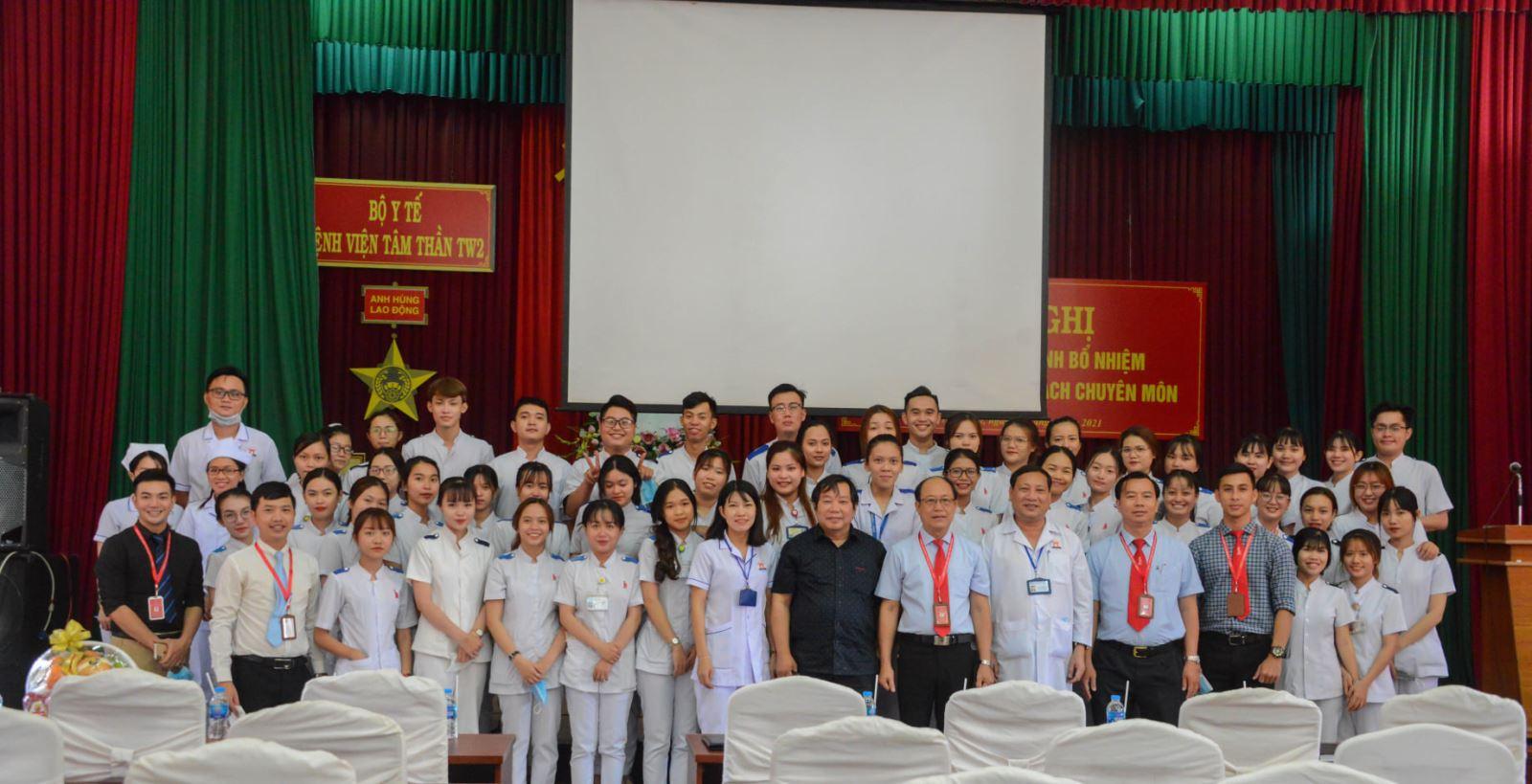 DNTU: Kỳ thực tập quan trọng của sinh viên ngành Điều dưỡng tại Bệnh viện Tâm thần TW2