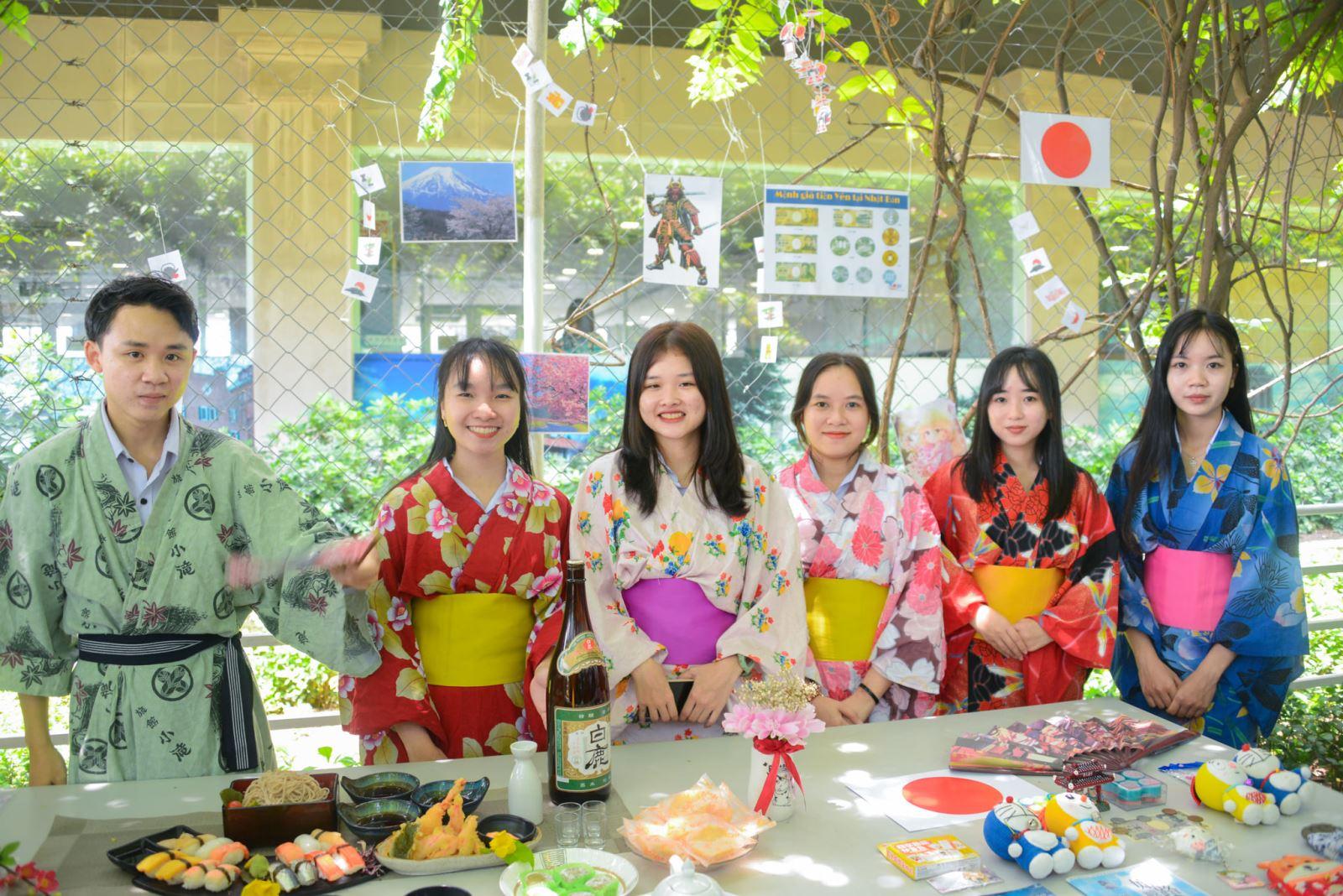 DNTU: Lễ hội văn hóa thế giới - The World Culture 2021