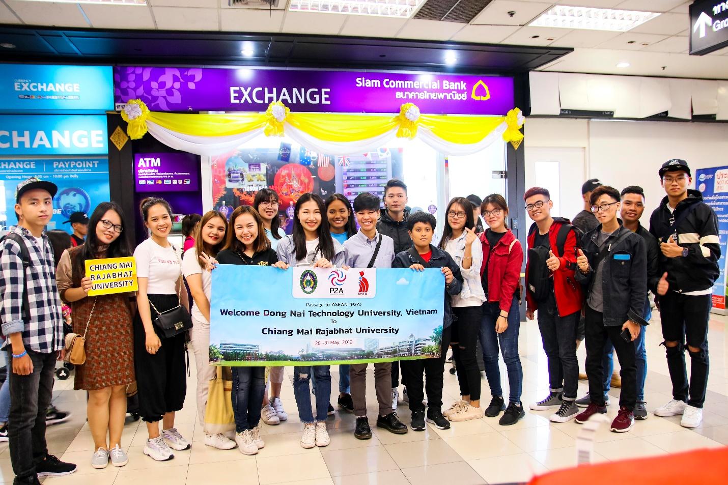 Sinh viên DNTU tham gia chương trình giao lưu trao đổi văn hoá và tham quan doanh nghiệp tại trường Đại học Chiang Mai Rajabhat (CMRU) - Thái Lan