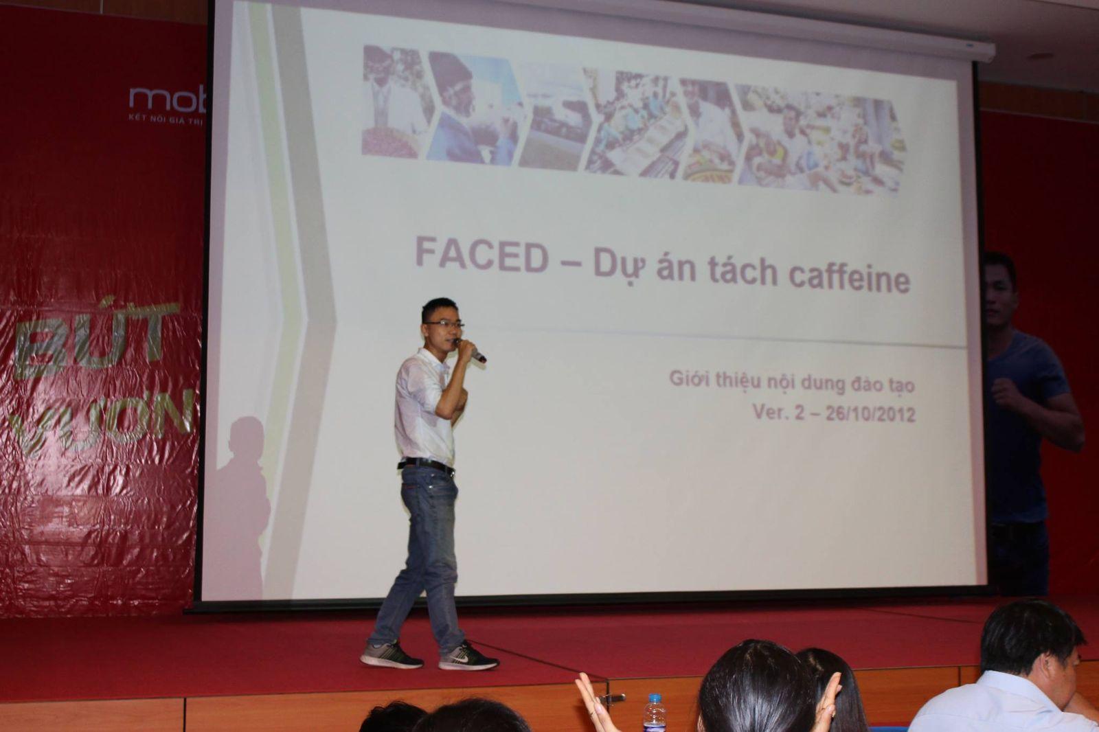 Sinh viên Khoa Thực phẩm, Môi trường và Điều dưỡng tìm hiểu công nghệ sản xuất cà phê của Công ty Nestle Việt Nam