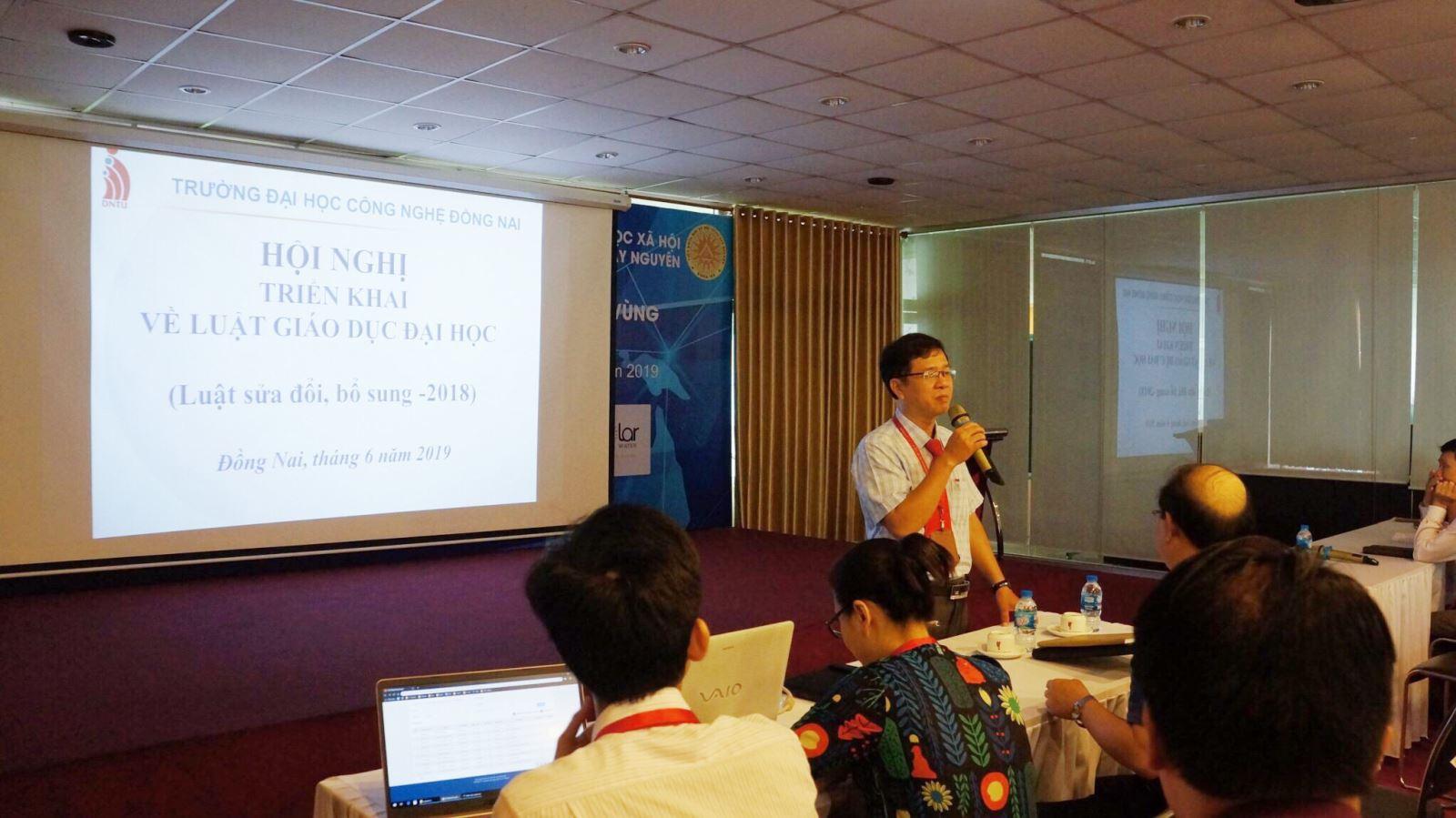 DNTU tổ chức hội nghị triển khai về luật giáo dục Đại học