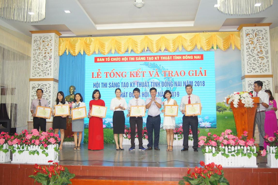 Trường Đại học Công nghệ Đồng Nai đạt giải cao trong Hội thi Sáng tạo Kỹ thuật tỉnh Đồng Nai 2018