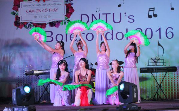 Tiếp mục giao lưu của trường Tiểu học - Trung học Cơ sở Nguyễn Khuyến