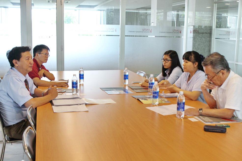 Cơ quan hợp tác quốc tế Nhật Bản Jica và Công ty TNHH Kiyo Construction Machinery Nhật Bản đến làm việc tại DNTU