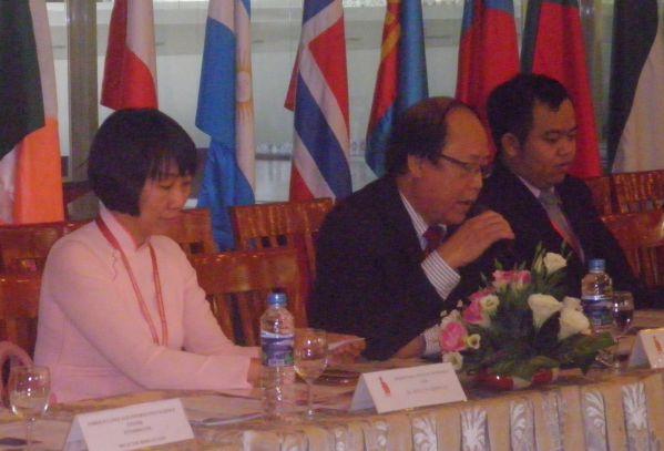 TS Trần Đức Thuận phát biểu mở đầu buổi lễ