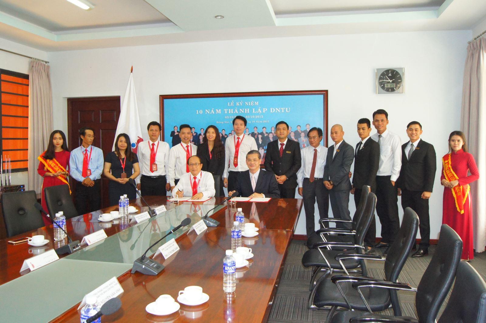 Lễ ký kết hợp tác giữa Trường Đại học Công nghệ Đồng Nai và Khách sạn 5 sao The Mira Central Park