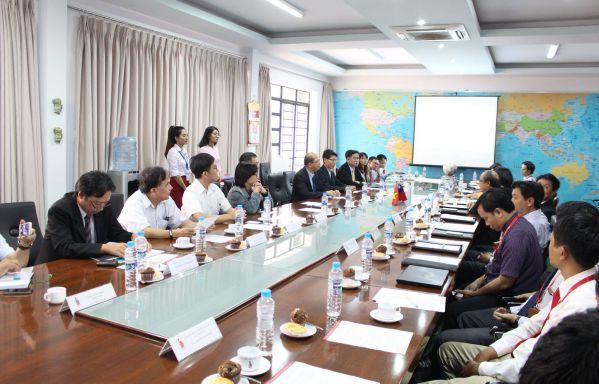 Hình ảnh buổi làm việc giữa DNTU và NCNU
