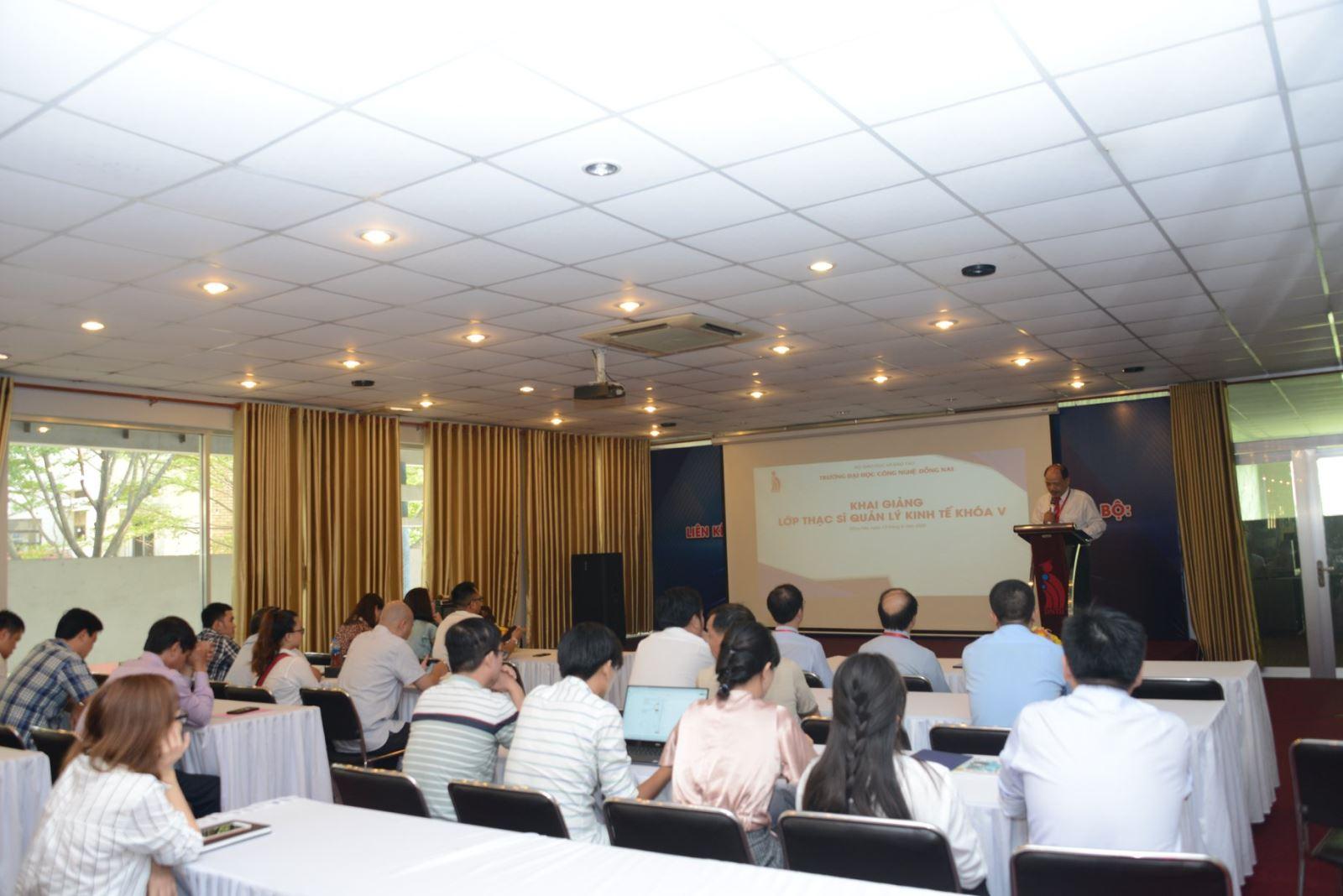 DNTU tổ chức Lễ khai giảng Khóa 05, trình độ đào tạo Thạc sĩ chuyên ngành Quản lý kinh tế