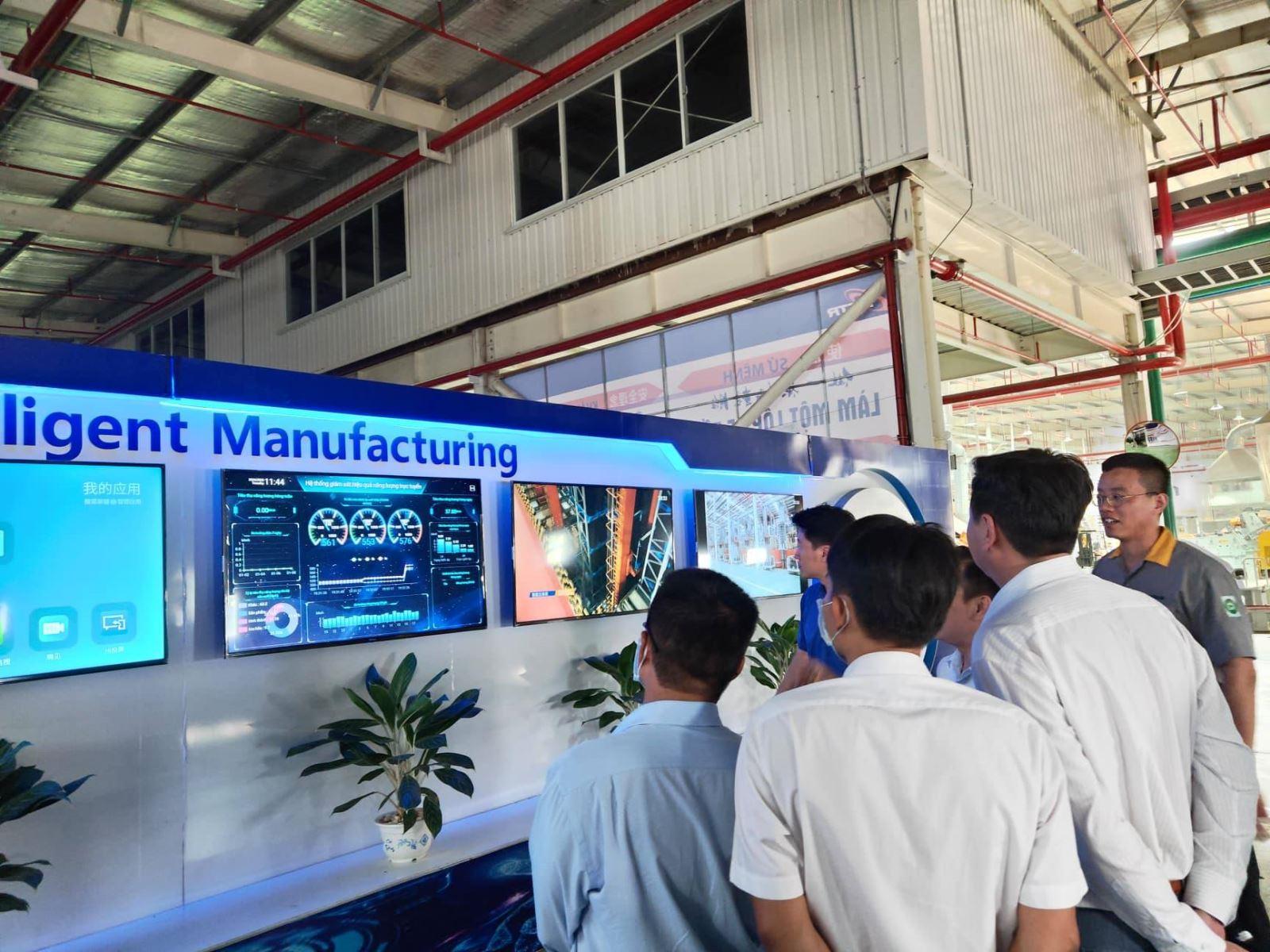 Trải nghiệm môi trường thực tập chuyên nghiệp cho sinh viên Khoa Công nghệ tại Công ty TNHH SAILUN Việt Nam