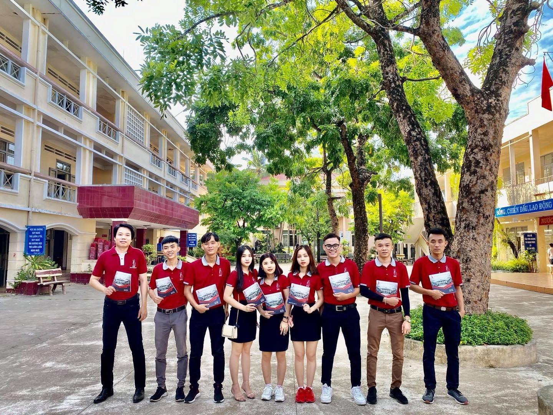 """Hành trình """"tư vấn – hướng nghiệp"""" cho học sinh THPT tại tỉnh Bình Định – Phú Yên"""