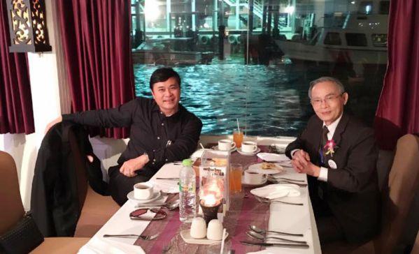 TS. Phan Ngọc Sơn trao đổi cùng NGƯT Lê Công Cơ - Chủ tịch HĐQT trường Đại học Duy Tân (Đà Nẵng)
