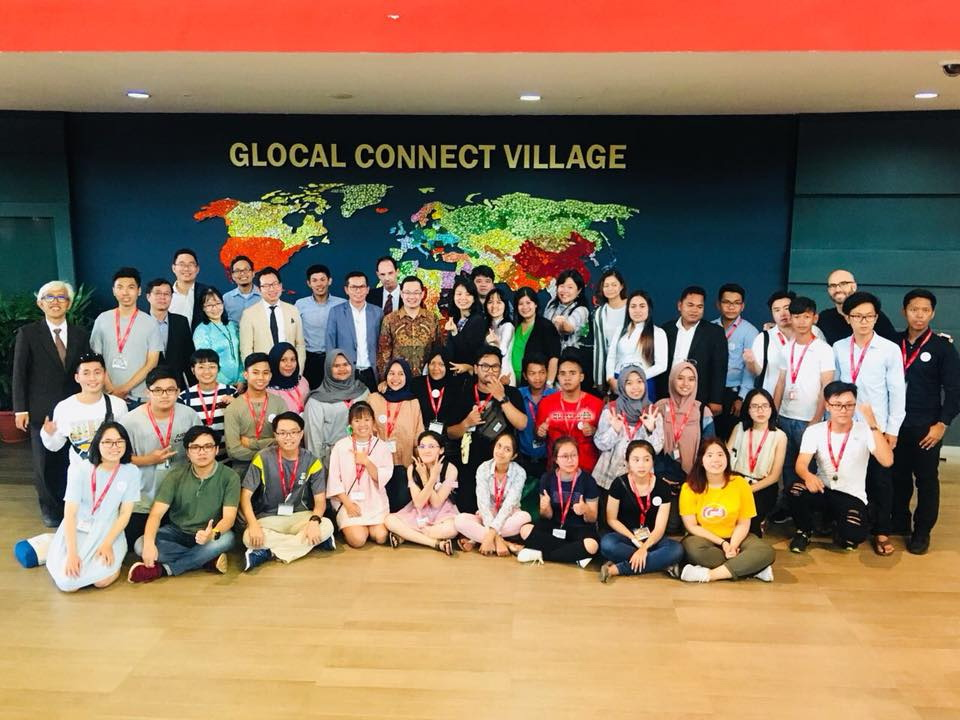 DNTU vinh dự là Trưởng ban Phát triển chương trình thực tập và phát triển nghề nghiệp của Tổ chức Passage to ASEAN (P2A) tại Singapore