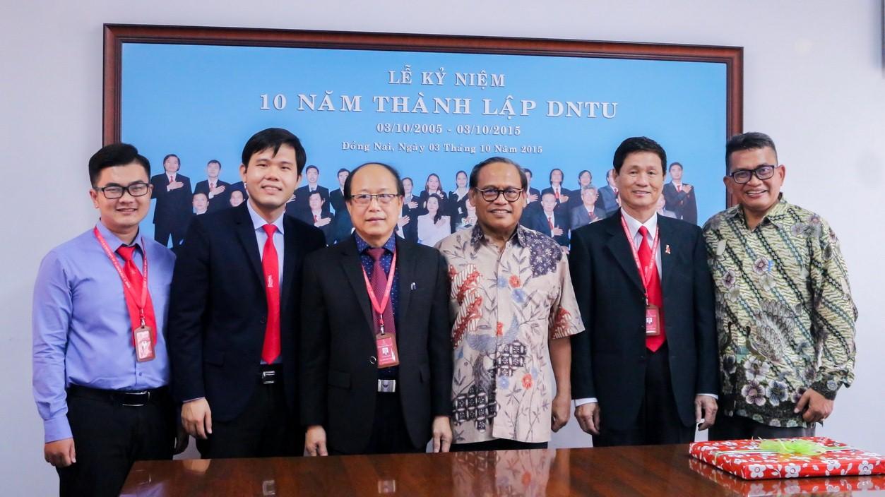 Trường Đại học Công nghệ Đồng Nai đón tiếp Đại diện trường Đại học Mercua Buana, Indonesia